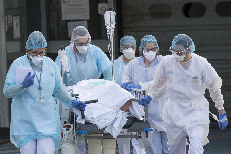 Oxford crea un programa para atender el estrés de los trabajadores de salud