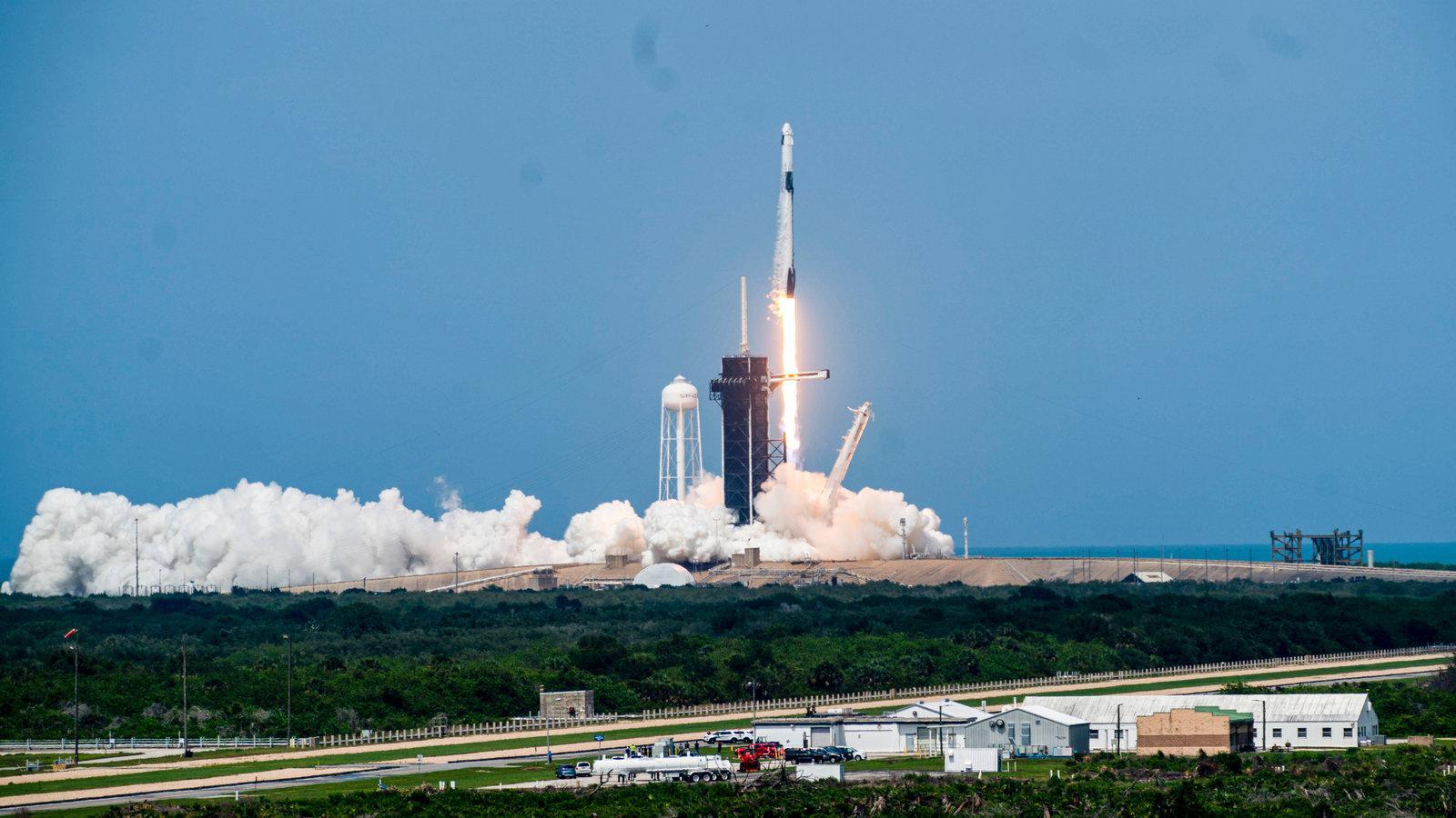 Viaje espacial: la NASA mantiene objetivo de regreso a la luna en 2024