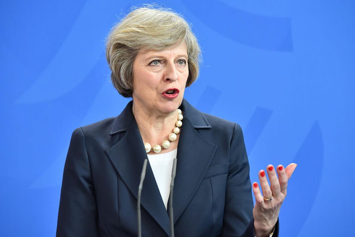 Reino Unido: May ofrece su renuncia a cambio de la aprobación del Brexit