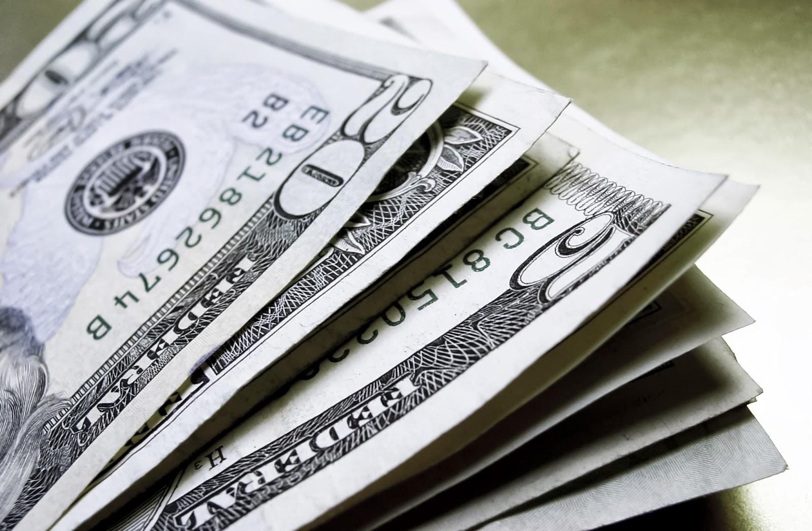 En Córdoba, el dólar minorista cerró alrededor de los $28,10