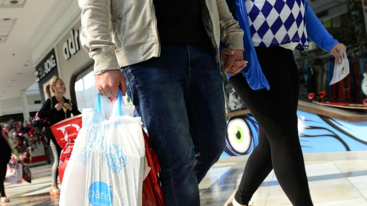 Pese a la crisis, crecieron un 3,6% las ventas en shoppings