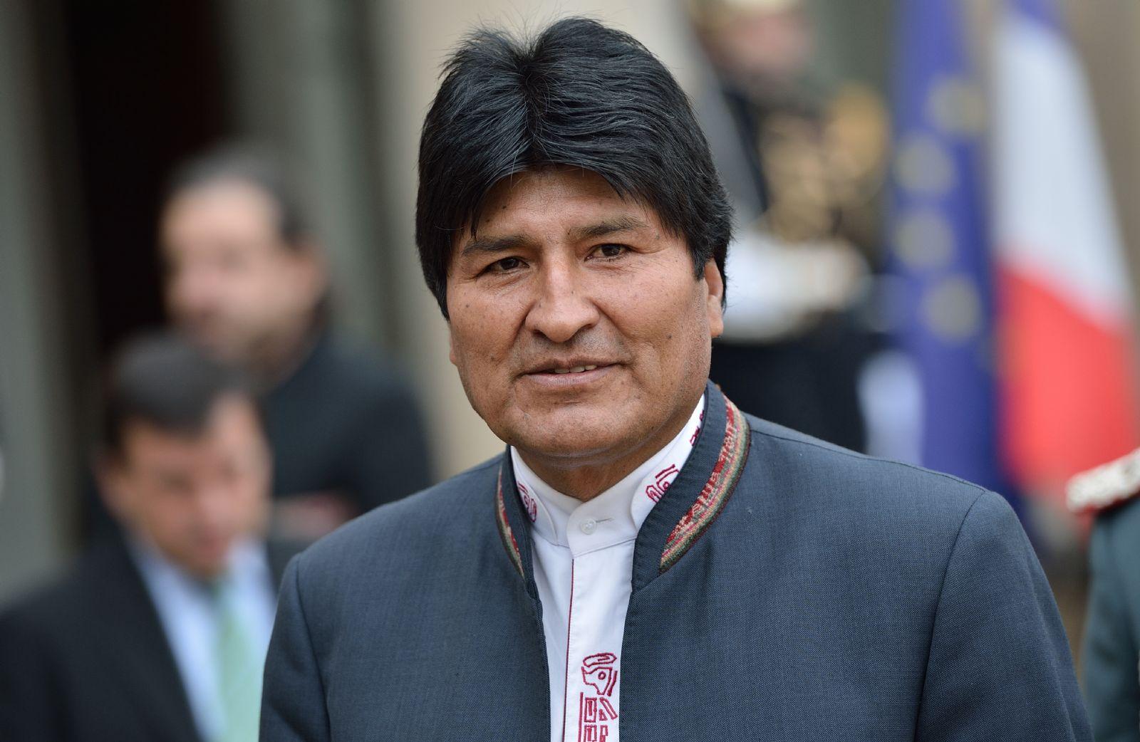 Morales aseguró que el peso boliviano manda del lado argentino de la frontera