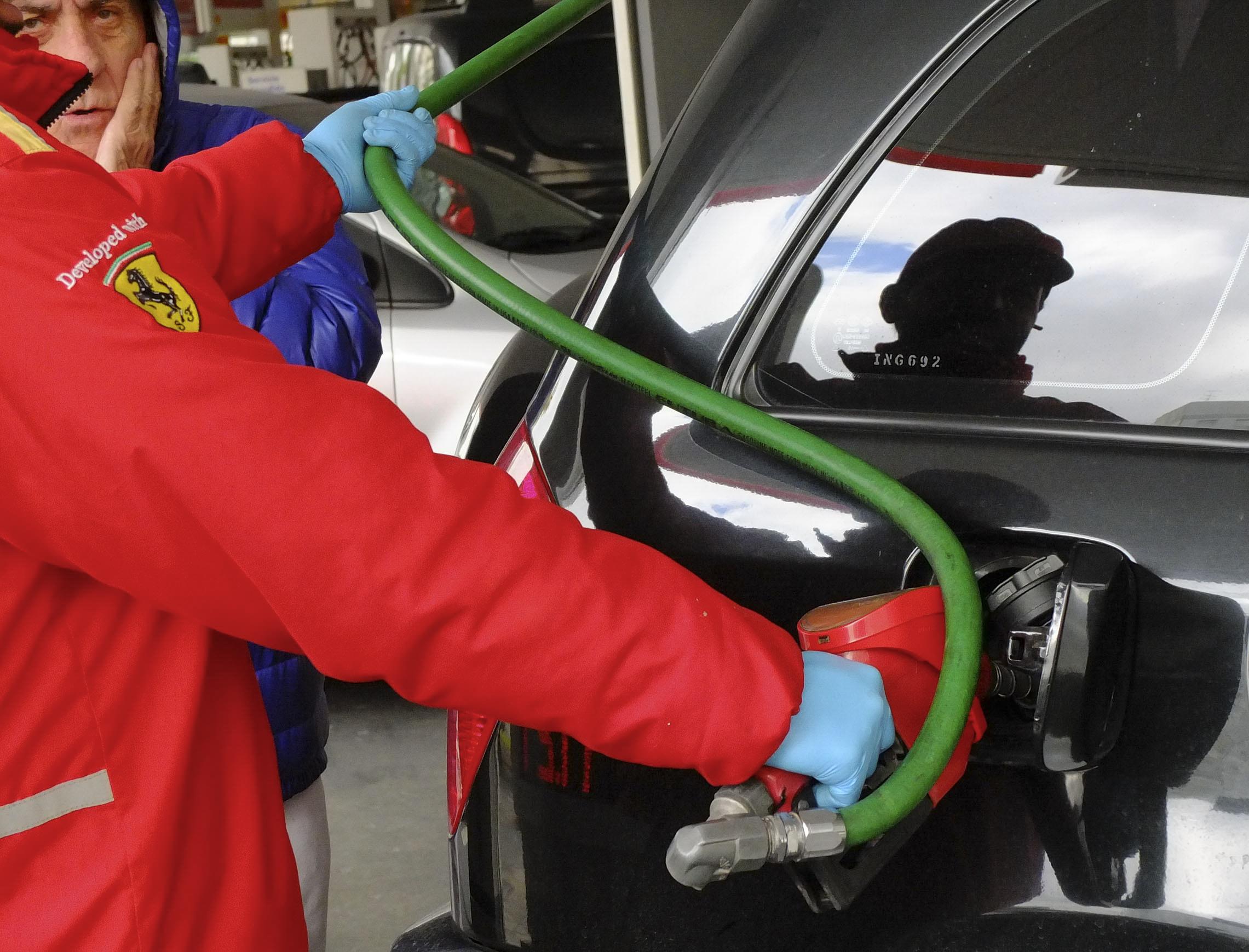 Podrían subir nuevamente los combustibles el próximo domingo