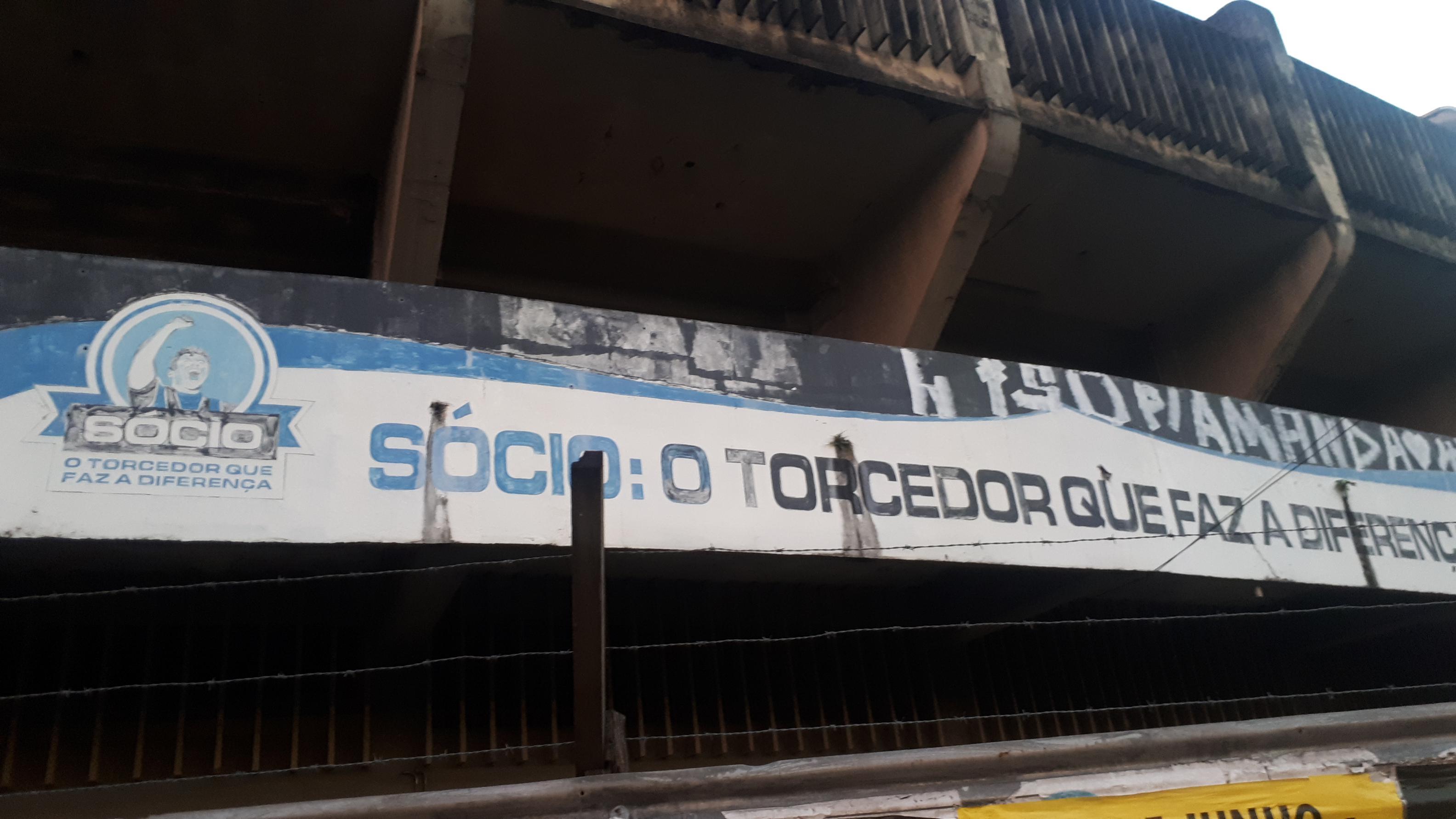 El ex estadio de Gremio, abandonado en Porto Alegre