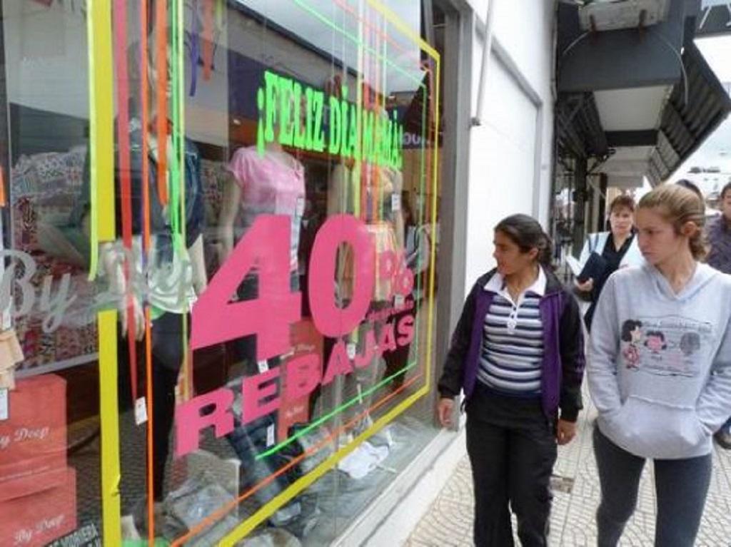 Las ventas minoristas acumulan 20 meses de caída consecutiva