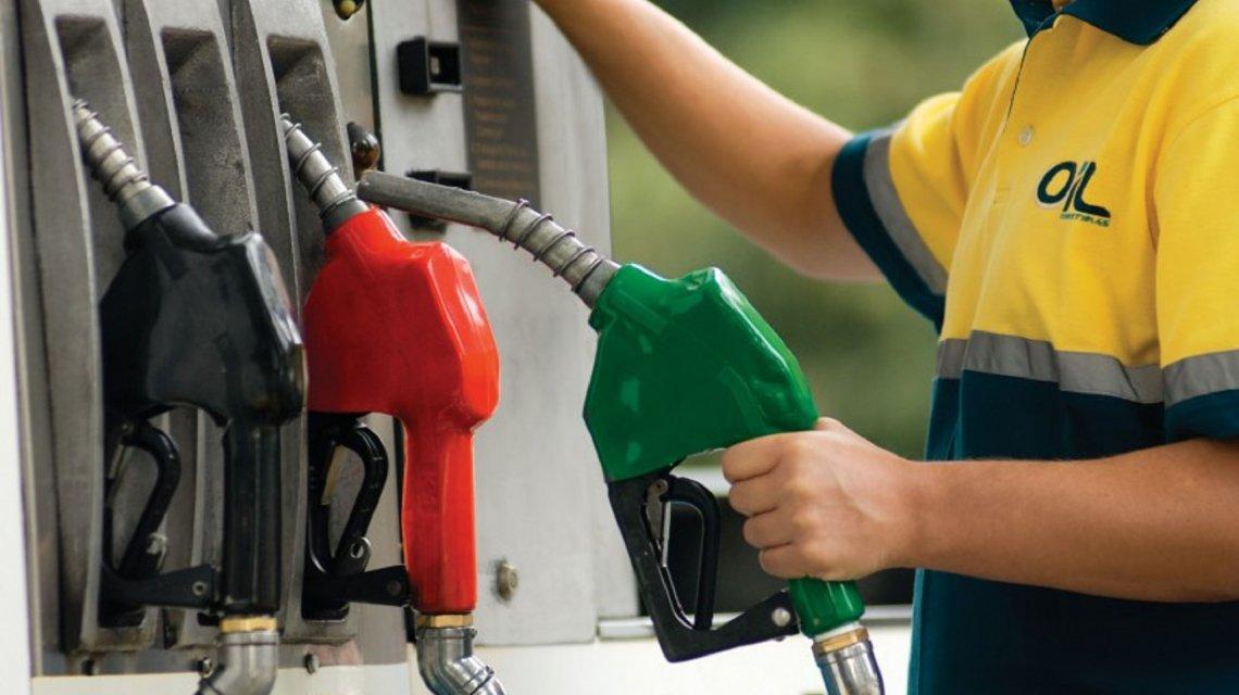 Aseguran que la nafta súper tiene un atraso del 15,7% en el precio