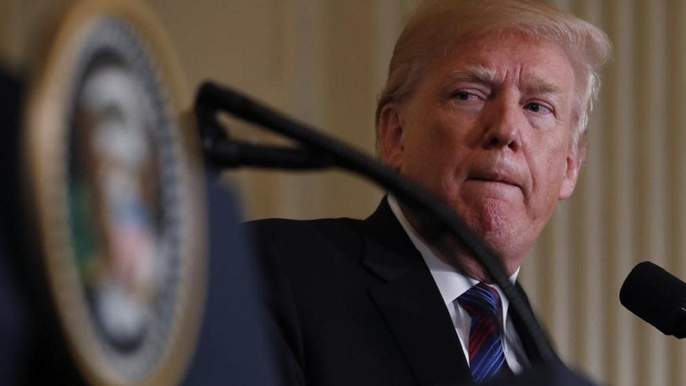Trump ordenó frenar las ayudas a El Salvador, Guatemala y Honduras