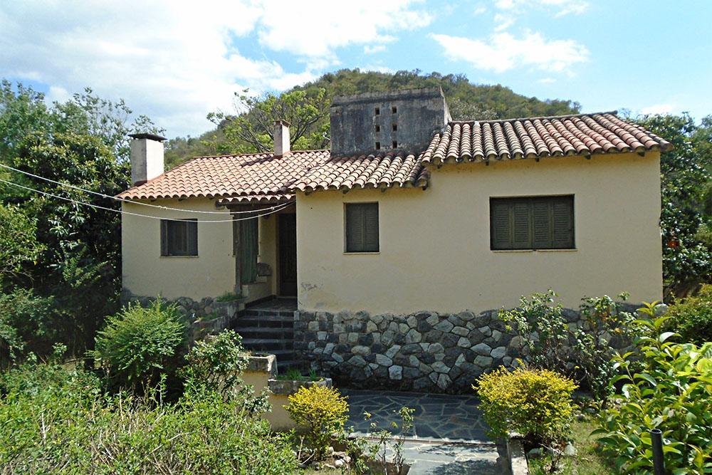 Caso M Osatinsky - Casa de La Serranita_01