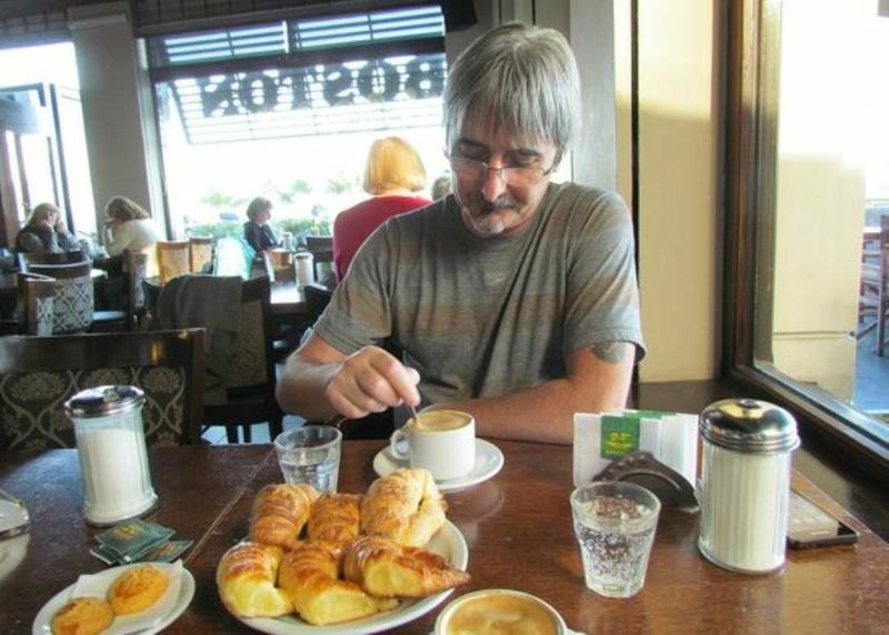 Piden limitar la oferta de azúcar en bares cordobeses