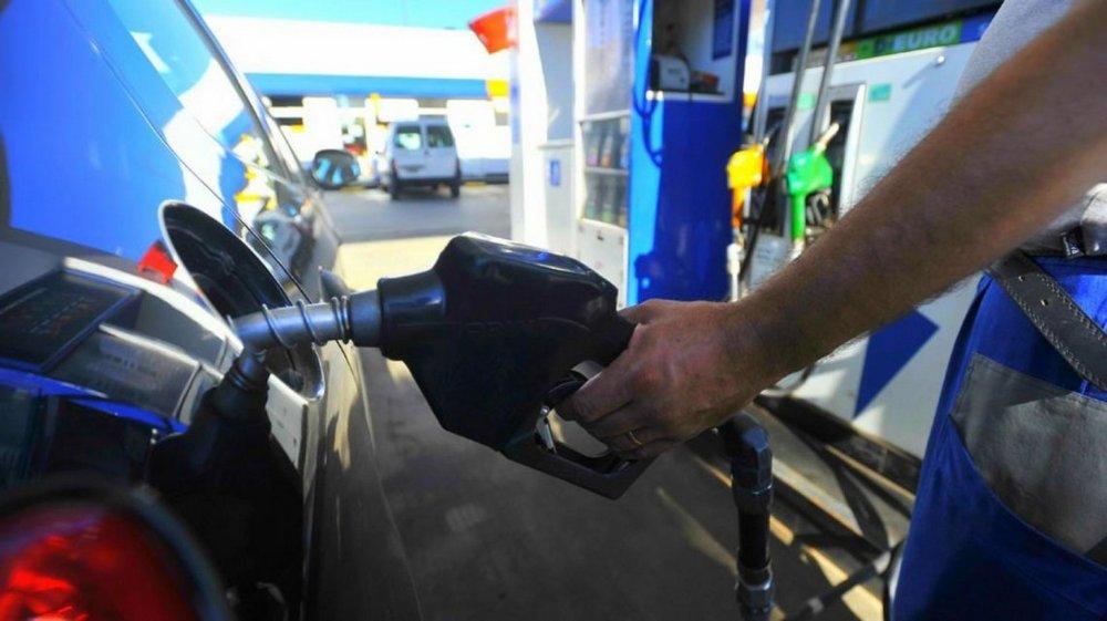 Otro golpe al bolsillo: volvió a subir la nafta y ya acumula un aumento del 30%