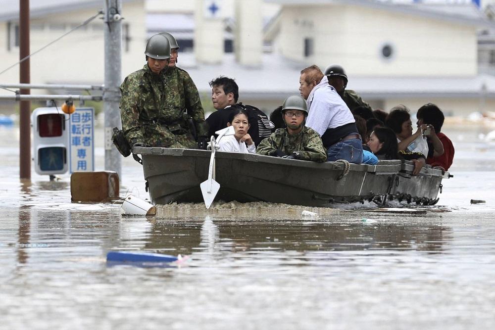 Las lluvias en Japón dejan al menos 57 muertos y retan a los equipos de rescate