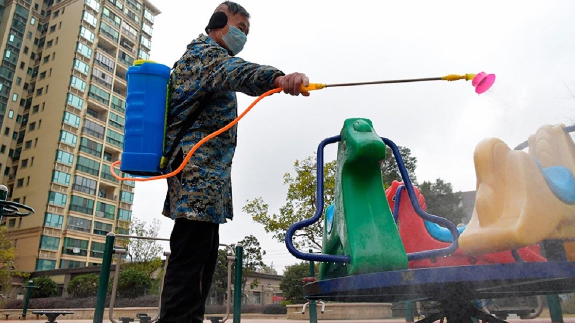 China tomó medidas para frenar el coronavirus antes de que el brote fuera público