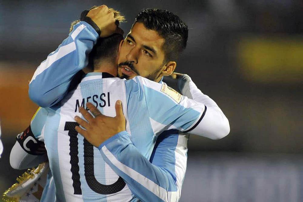 Suárez y Messi, más amigos que compañeros