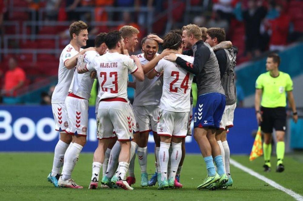 Eurocopa: Dinamarca venció a República Checa y se metió en semifinales