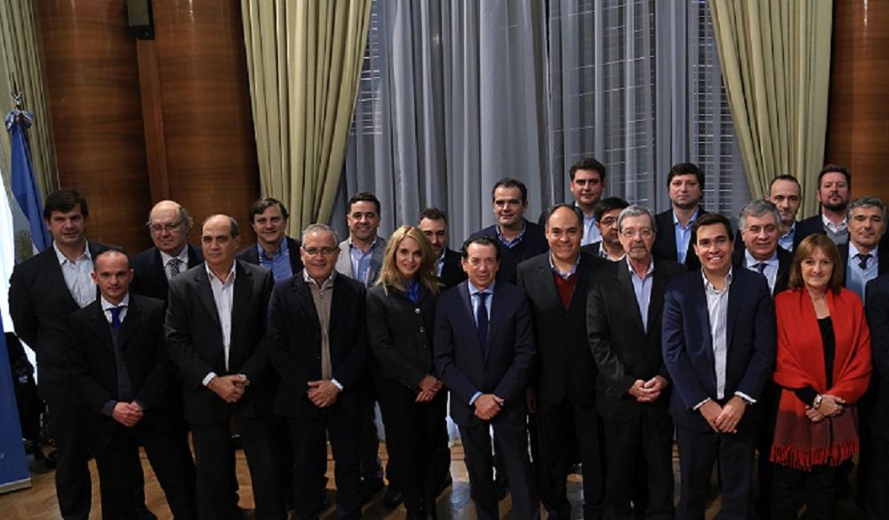 Se realizó una cumbre de ministros de Producción de todo el país