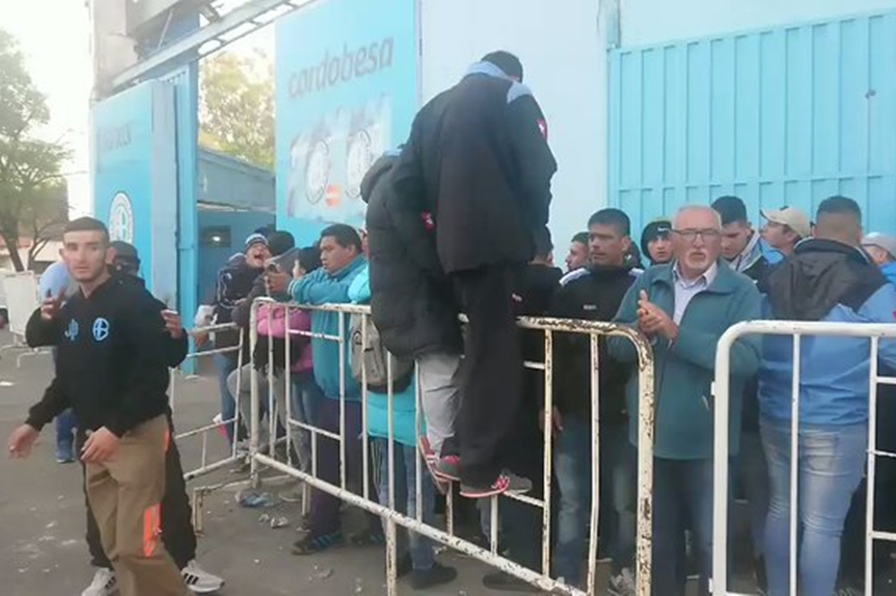 Comenzó la venta de entradas del clásico para simpatizantes de Belgrano
