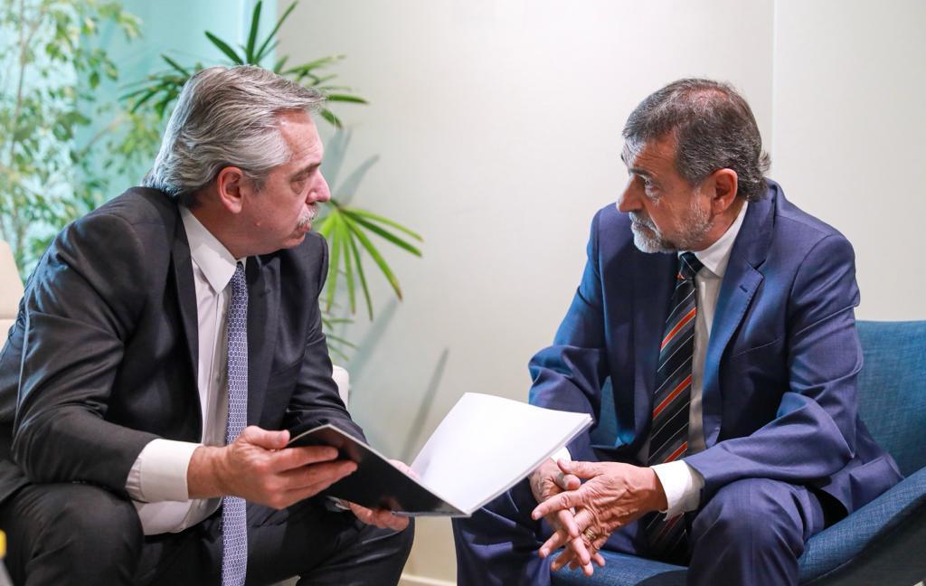 Fernández y Carlos Caserio by prensa Fernández