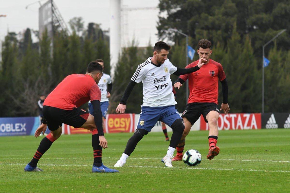Argentina venció a Newell's en un amistoso preparatorio para la Copa América