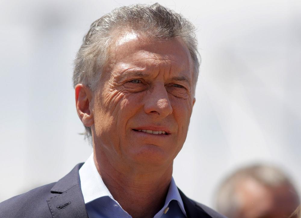 Macri reapareció y anunció un partido de fútbol solidario