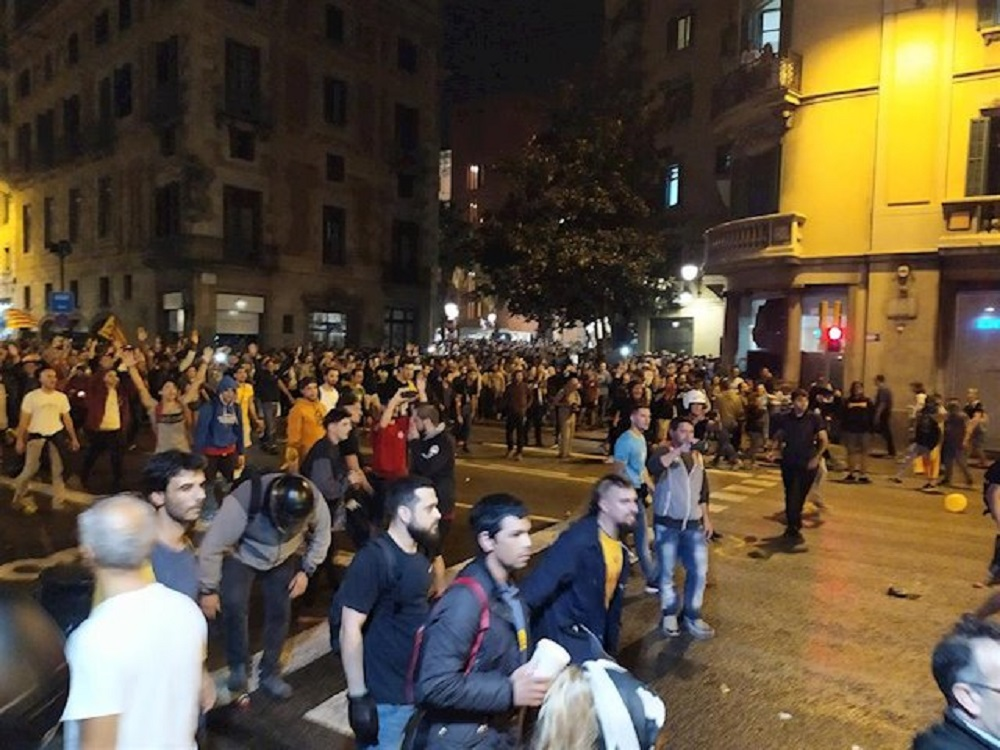 Manifestantes independentistas protestaron en Barcelona