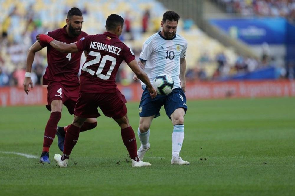 Lautaro, Armani y Paredes, los destacados ante Venzuela