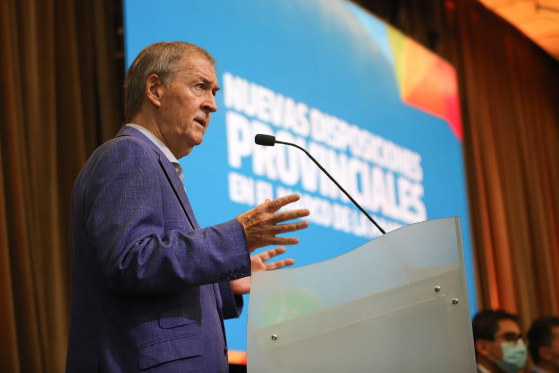 Schiaretti anunció nuevas restricciones para Córdoba y afirmó que la provincia está en un momento crítico