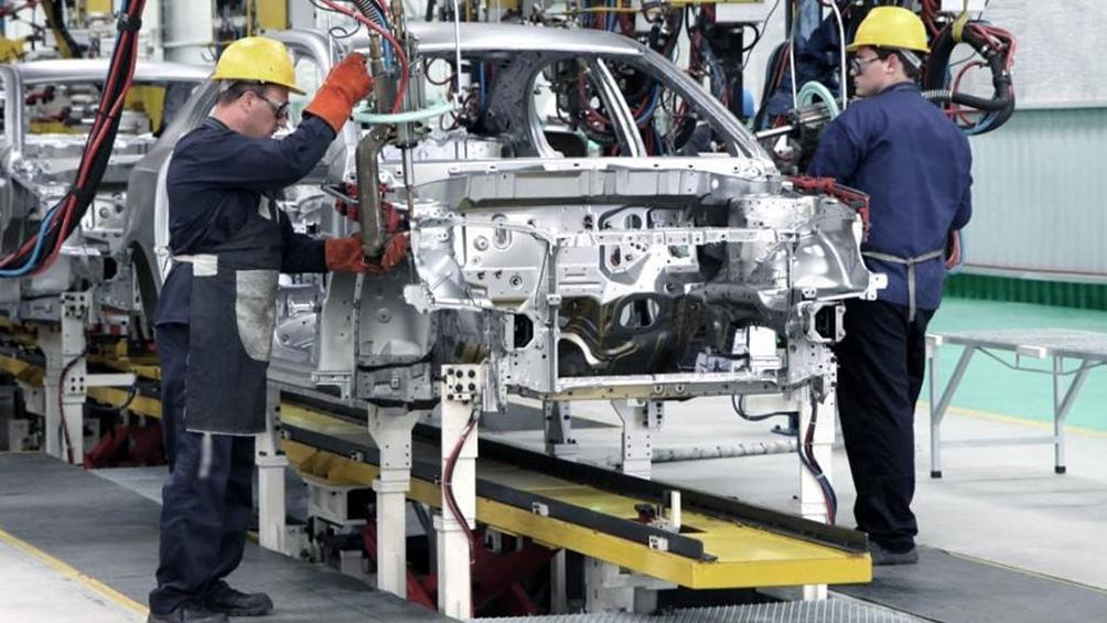 Automotrices cordobesas pedirán subsidios Repros para evitar despidos