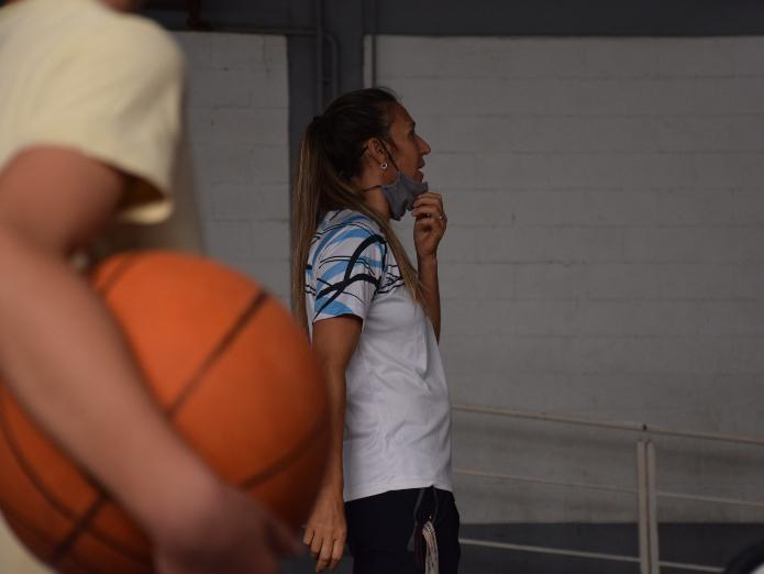 pipi basquet 4 CuerpoNota