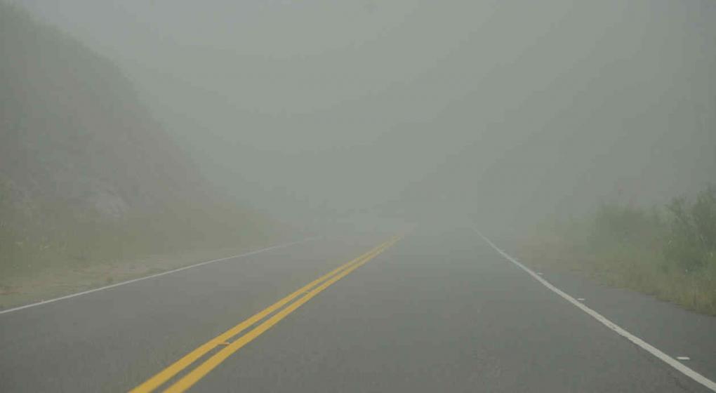 Cortan el tránsito en el Camino del Cuadrado por baja visibilidad