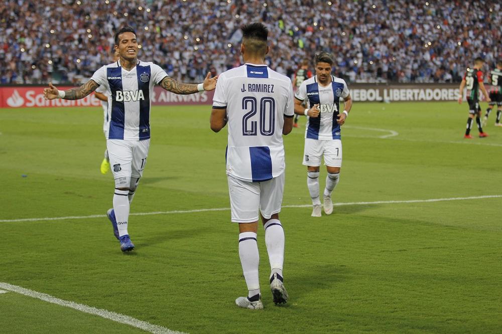 Talleres dejó reaccionar a Palestino y empataron 2 a 2 en el Mario Kempes