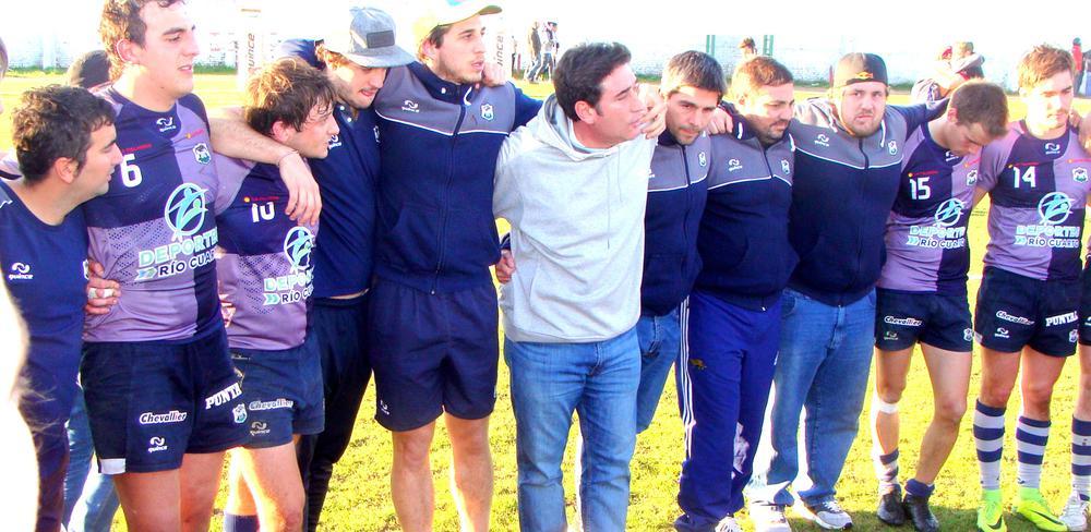 Diego Ghiglione entrenador de Urú Curé, campeón de la Provincia de Córdoba 2019