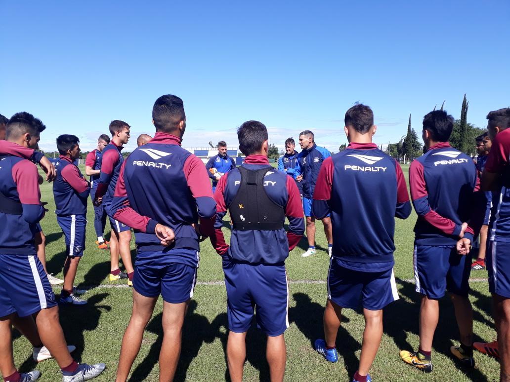 Talleres jugará con mayoría de suplentes en Tucumán