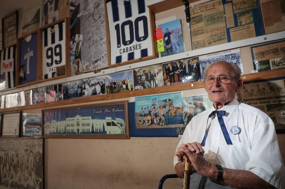 """A los 102 años falleció """"Paco"""" Cabasés, legendario hincha de Talleres"""