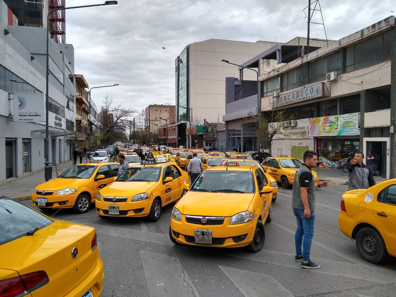 Taxis protesta contra uber by LNM