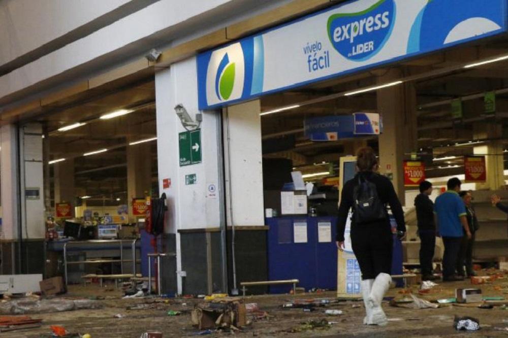 Walmart presentó seis recursos judiciales contra el Estado chileno