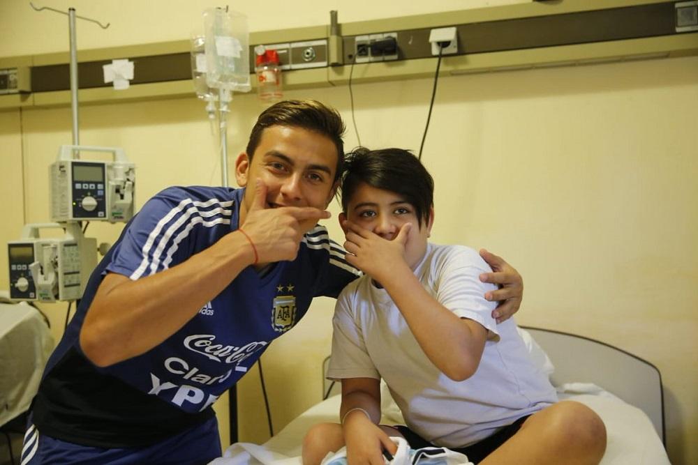 Jugadores de la Selección visitaron el Hospital de Niños de la Ciudad
