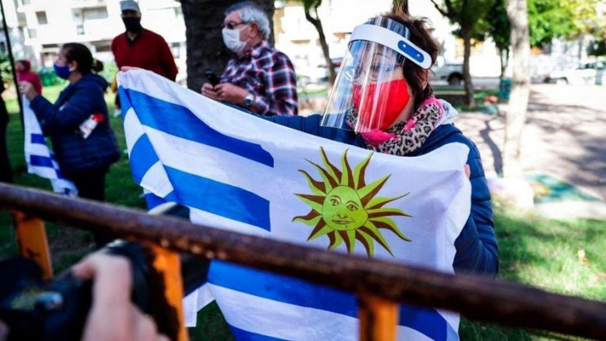 Covid-19: las fiestas clandestinas también preocupan en Uruguay