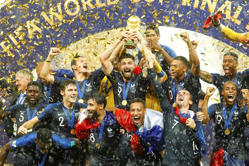 Rusia despide su mundial con Francia de campeón absoluto