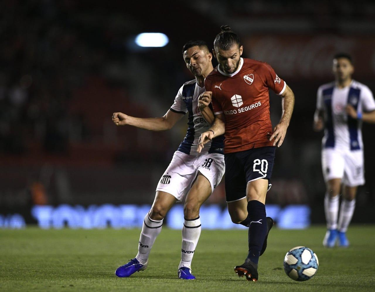Superliga: Talleres perdió 3 a 2 en la última pelota ante Independiente