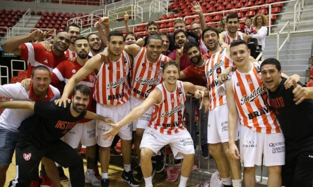 Básquetbol: Instituto le ganó a Minas y es finalista de la Sudamericana