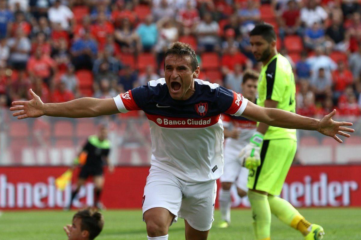 Bergessio figura en el radar de Belgrano como refuerzo