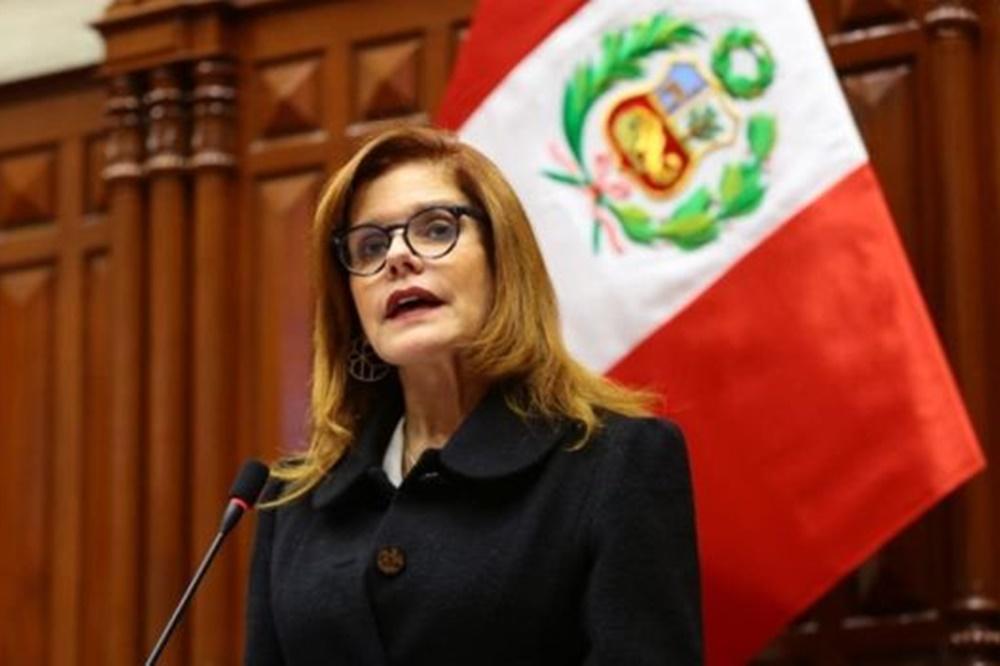 Perú: renunció la presidenta interina nombrada por el disuelto Congreso