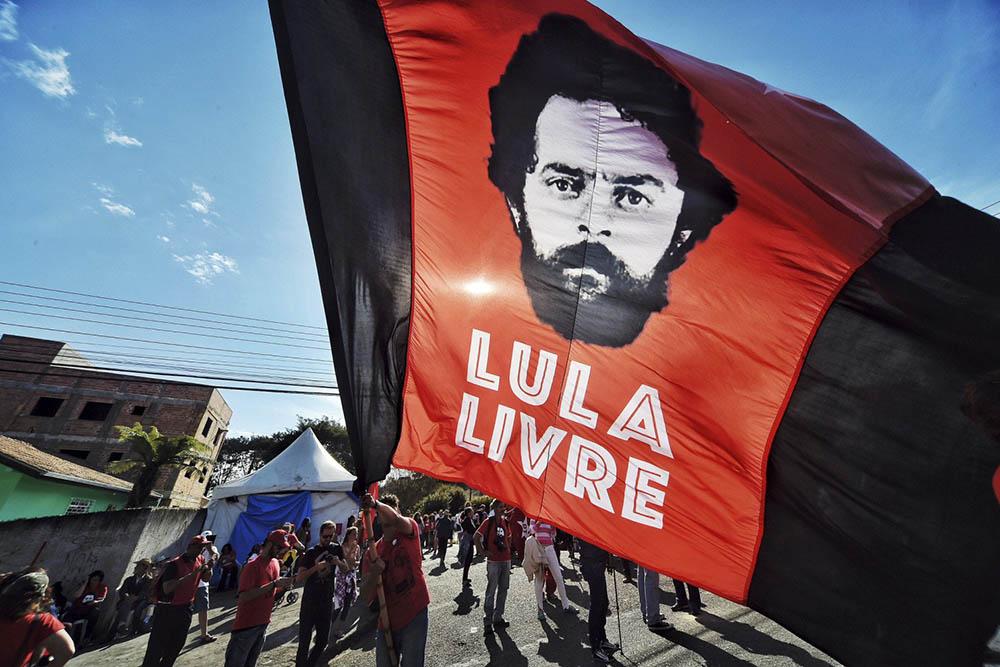 """Lula reclamó su libertad ante la """"perdida de imparcialidad de Moro"""""""