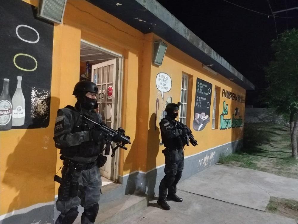 Villa del Rosario: un detenido por comercializar cocaína desde su despensa - Javier Imaz