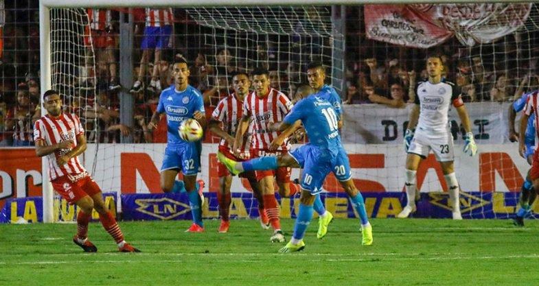 Belgrano y San Lorenzo empatan en un pobre partido