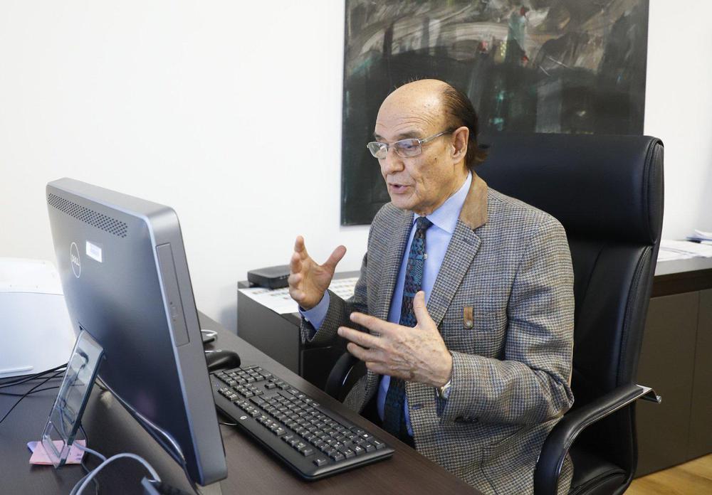 Oscar Gonzalez Sesion virtual despacho