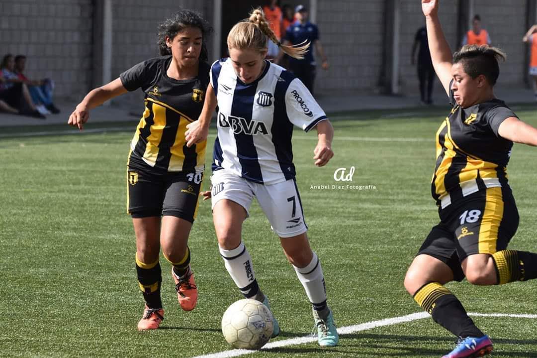 Mariana Alisio - Talleres fútbol femenino