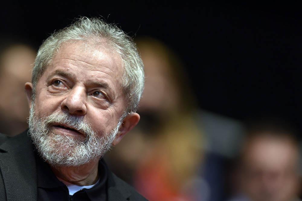 """Lula da Silva desde Curitiba: """"No estoy preso, soy un rehén"""""""