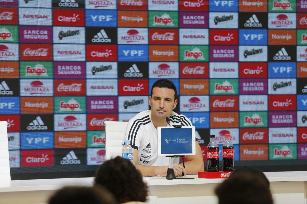 """Scaloni: """"Estimo y creo que Messi va a volver a la Selección Argentina"""""""