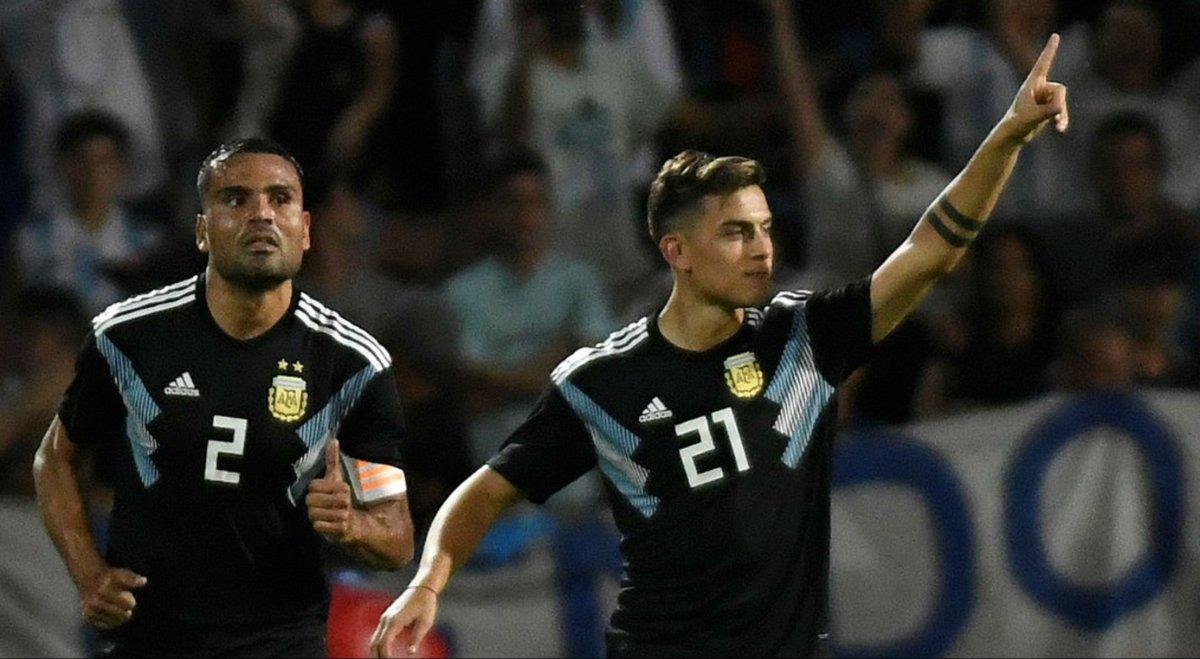 """Paulo Dybala convirtió su primer gol con la Selección: """"Me saqué la mufa"""""""